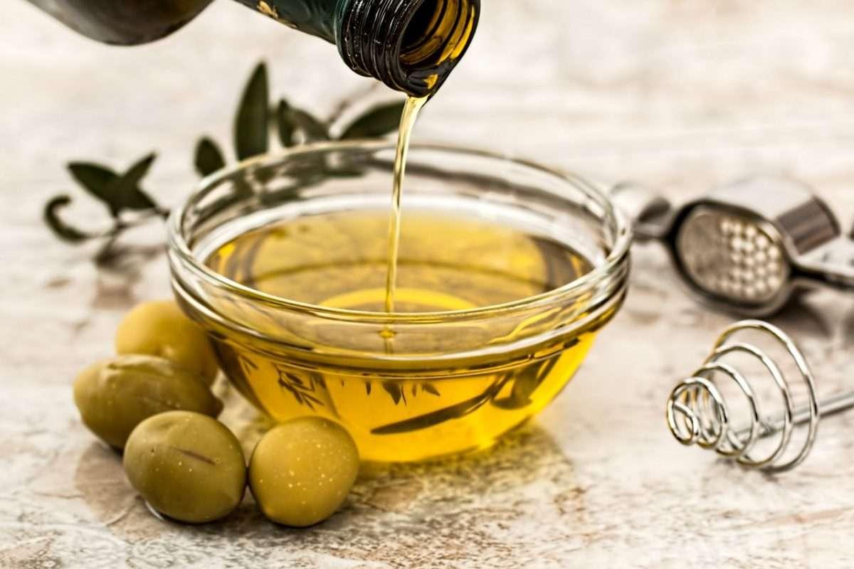 Zdrowe oleje i płynące z nich korzyści